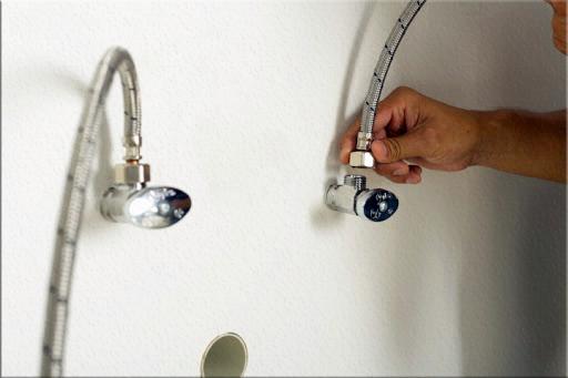 Instala tu fregadero en 6 pasos coflex m xico for Como cambiar las llaves dela regadera